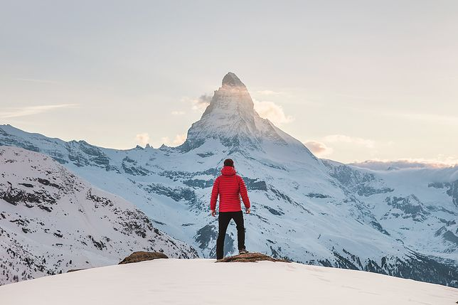 Jaka męska kurtka zimowa będzie najlepsza w góry?