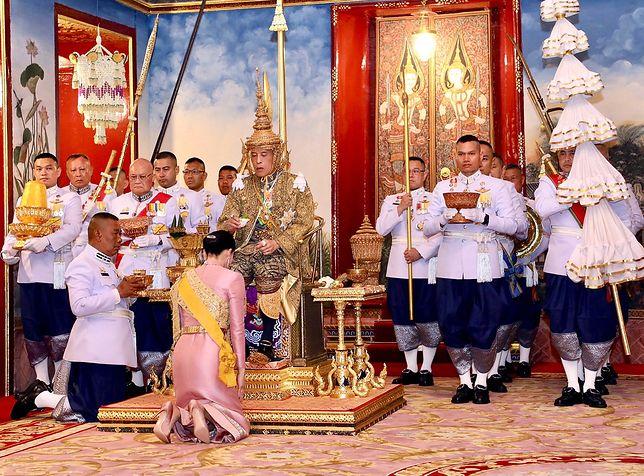 Tajlandia. Oficjalna koronacja najbogatszego władcy na świecie