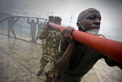 13 zabitych po wybuchu cysterny w Kenii. Nalewali paliwo