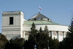 Sejm jak twierdza. Wstrzymane przepustki