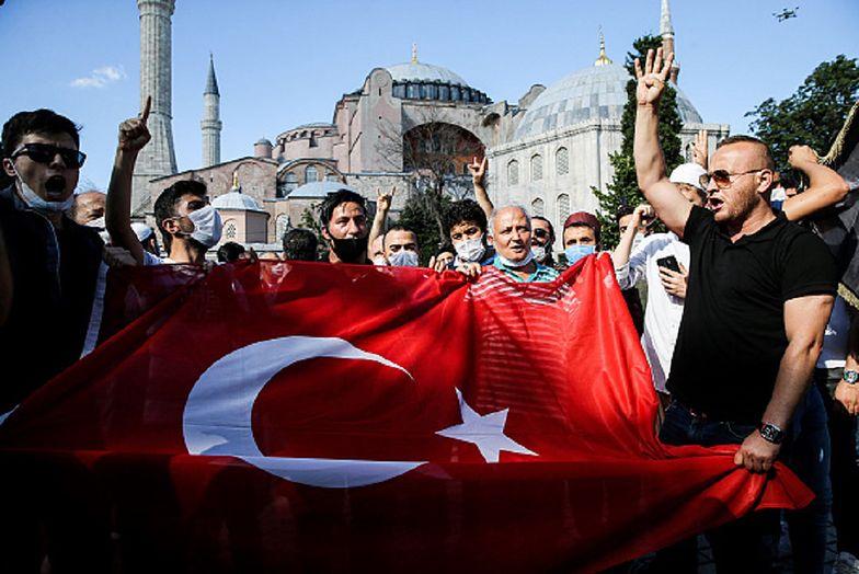 Świat poruszony. Turcja zmienia historyczną chrześcijańską świątynię w meczet