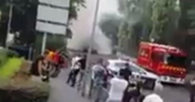 Eksplozja w autobusie w Paryżu. Pojazd spłonął