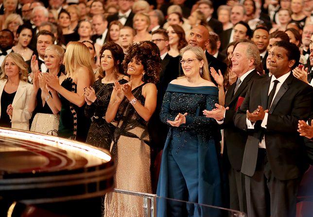 Na Oscarach wyglądała jak nastolatka!