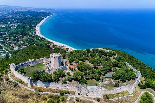 Nad Platamonas góruje średniowieczny zamek, wzniesiony przez krzyżowców