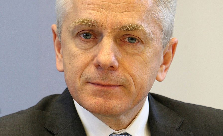 Gen. Adam Rapacki: w wolnej Polsce takiego upolitycznienia policji, jak teraz, nie było