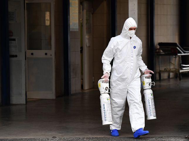 Koronawirus w Polsce. Dramatyczna prognoza epidemii. W ciągu tygodnia liczba chorych może zwiększyć się o 100 tys. osób