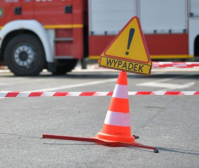 Warszawa. Kolizja k. ronda Wiatraczna. Auto uderzyło w tramwaj