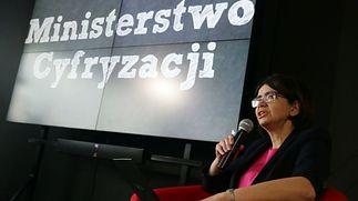 Minister Cyfryzacji — Anna Streżyńska.