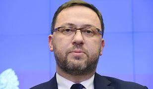 Ambasador Polski na Ukrainie Bartosz Cichocki otrzymał pozytywną odpowiedź na złożony przez siebie w zeszłym tygodniu wniosek