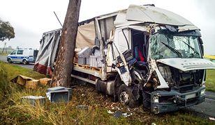 Kierowca z Białorusi postanowił przewozić kilkudziesięciotonowy ładunek z niemal 3 promilami alkoholu we krwi