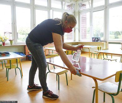 Przedszkolanki bez urlopu? To na nich odbijają się zmiany w wakacyjnym funkcjonowaniu placówek