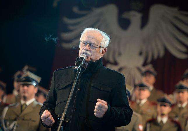 Skargi do KRRiTV na jubileuszowy koncert Pietrzaka. Marcin Wolski przesadził z żartami z uchodźców?
