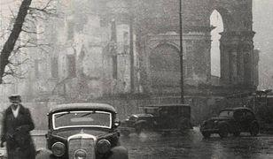Warszawa lat czterdziestych [NIEZWYKŁE ZDJĘCIA]