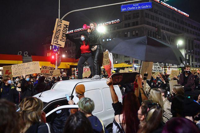 Warszawa. Strajk Kobiet. Blokada dróg w stolicy