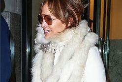 Fani wściekli na Jennifer Lopez. Poszło o jedną część garderoby