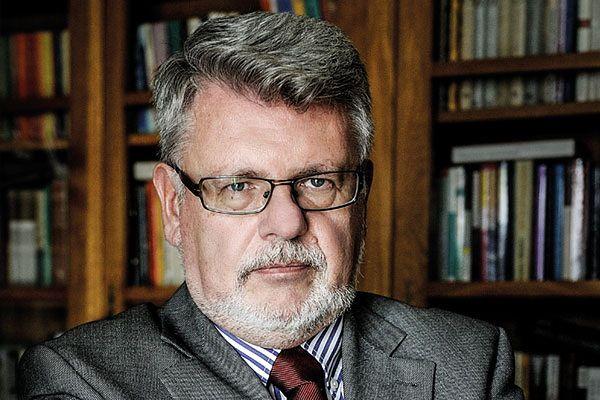 Dr hab. Maciej Mrozowski
