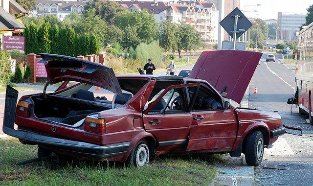 Wypadki 2013: Polacy masowo giną na drogach