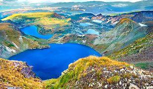 Wyżyny i góry urozmaicone jeziorami to większa część powierzchni Bułgarii