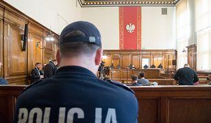 Poznań. Incydent podczas rozprawy, do sali wtargnęła policja