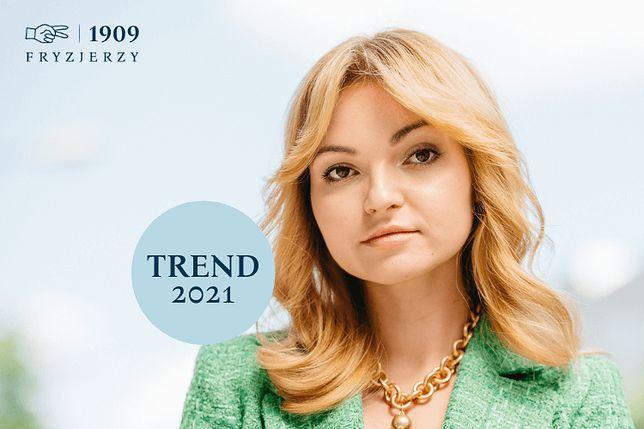 Najmodniejsze kolory włosów w 2021 roku - Miedziano-złoty blond