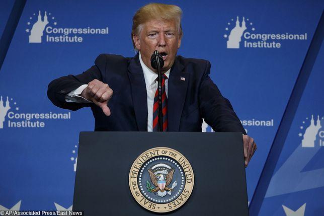 USA. Donald Trump krytykuje oświetlenie: zawsze wychodzę na pomarańczowego