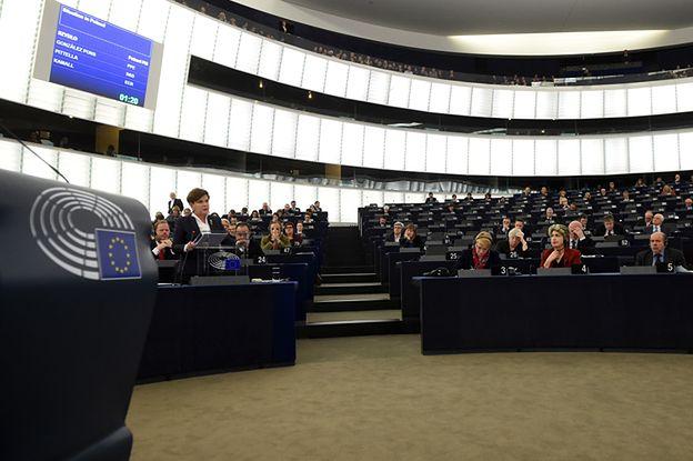 Debata o Polsce w Parlamencie Europejskim. Beata Szydło: realizujemy dobre zmiany, na które umówiliśmy się z Polakami, zgodnie z prawem