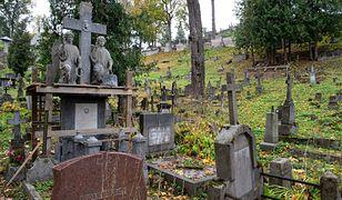 Litwa. Wypadek przy cmentarzu Nowa Rossa. Uszkodzono polskie nagrobki