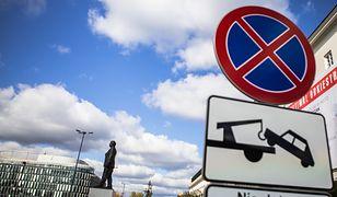 Warszawa. Straż Miejska przypomina o zakazie parkowania
