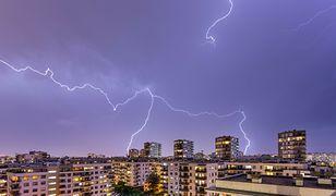"""Ulewne deszcze, gwałtowne burze i trąby powietrzne w Polsce. """"Będzie tylko gorzej"""""""