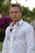 James Bond szaleje za Judi Dench