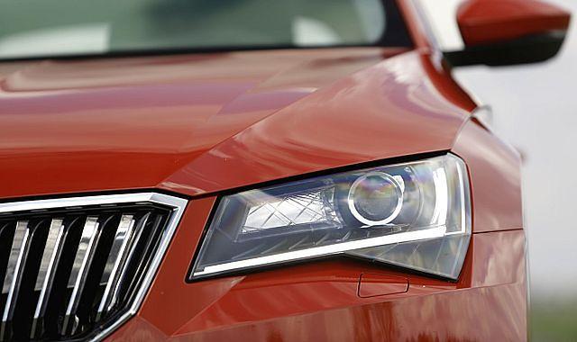 Historia oświetlenia samochodowego