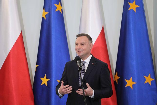 Prezydent Andrzej Duda trzyma kciuki za stado krów z Deszczna