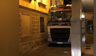 Włochy. Polak taranował tirem uliczki w zabytkowej części miasteczka