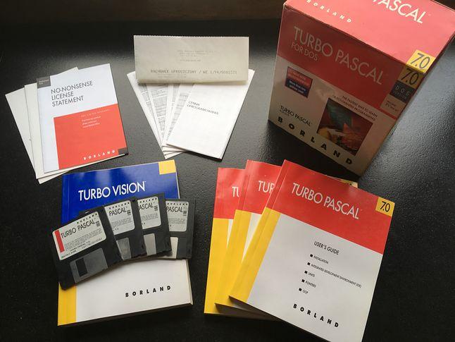 Oryginalny Turbo Pascal 7.0 robił wrażenie