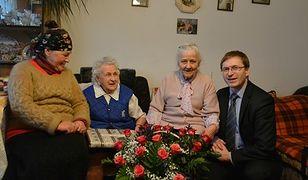 """101. urodziny rodowitej mieszkanki Pragi Północ. """"Pani Marianna Patryc tryska energią"""""""