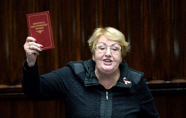 Henryka Krzywonos-Strycharska: konstytucja to nie jest rzecz, którą dostaliśmy w prezencie