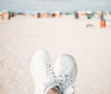Białe buty sportowe – za co je kochamy?