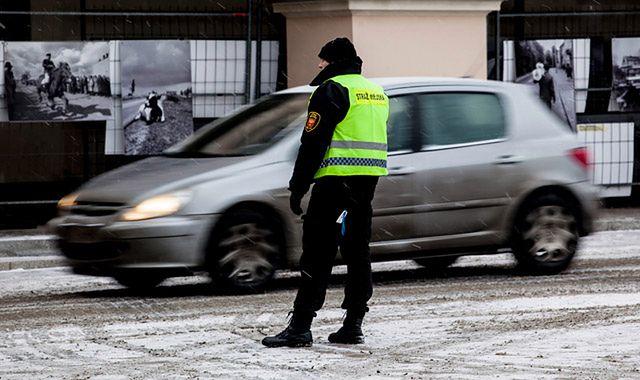 Uprawnienia straży miejskiej: za co i kiedy można ukarać kierowcę?
