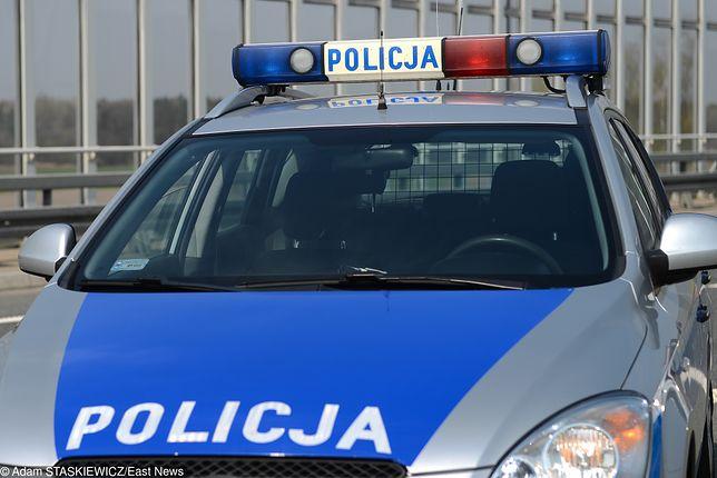 Policyjny pościg na S8. Trzy osoby ranne
