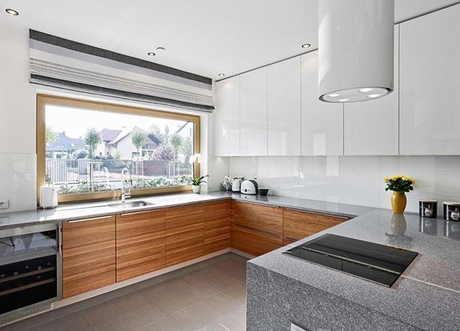 Okno w kuchni: jak je zaplanować i zagospodarować?