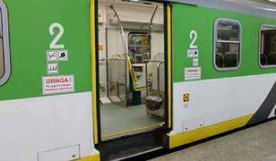 Koleje Mazowieckie zapłacą za jazdę z otwartymi drzwiami