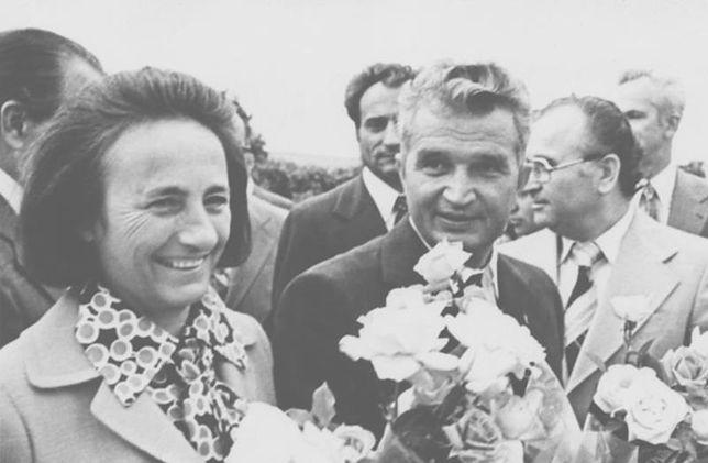 """Nie skończyła czwartej klasy podstawówki, a chciała dostać Nobla z Chemii. """"Naukowa"""" kariera Eleny Ceaușescu"""