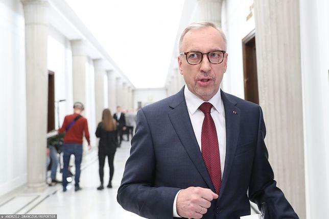 Bogdan Zdrojewski mówił o wieku emerytalnym. PO się od tego odcina