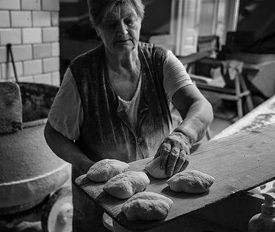Wstaje przed północą, by swoim klientom upiec pieczywo. O 7 rano chleba już nie ma