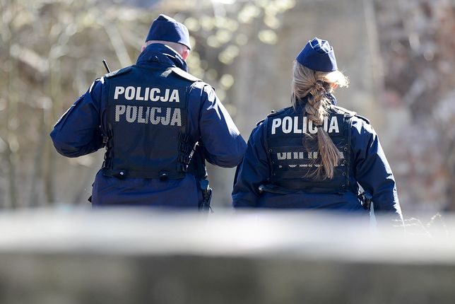 """""""Policjanci bez mundurów"""" - przejmująca książka Katarzyny Puzyńskiej."""