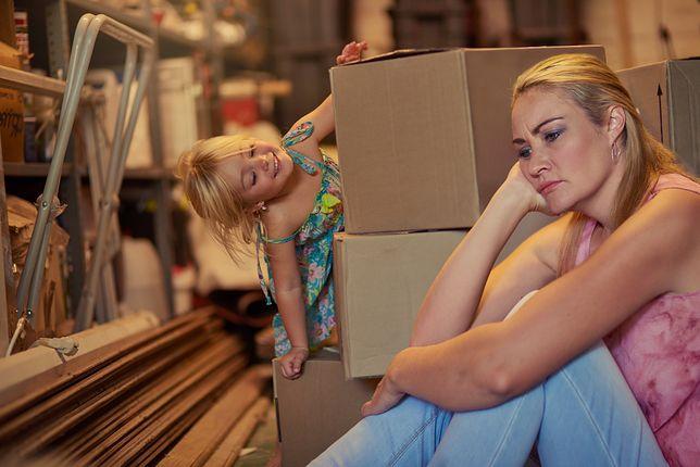 Samotne matki czasem szukają mieszkania miesiącami