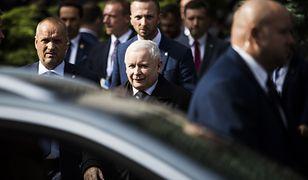 Koronawirus w Polsce. Jarosław Kaczyński pracuje z centrali PiS, nie został objęty kwarantanną