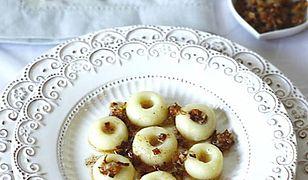 Klasyczne kluski śląski z masełkiem i cebulką