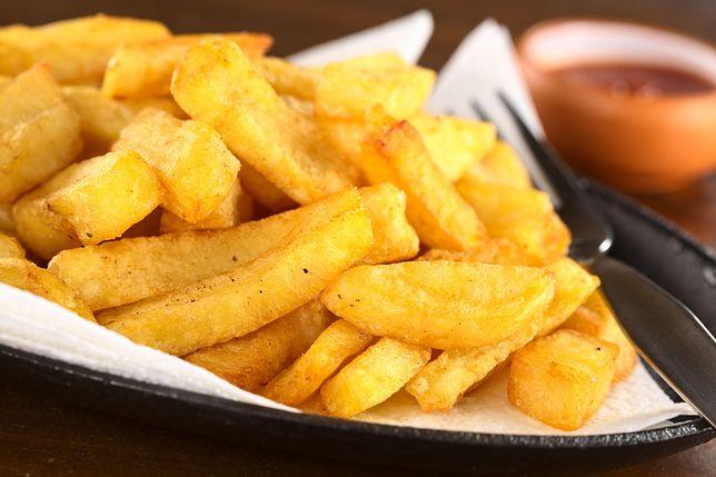 Dzień frytek. Wszystko na temat smażonych słupków z ziemniaków