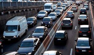 Trudny poniedziałek na stołecznych drogach. Ponad 40 kolizji